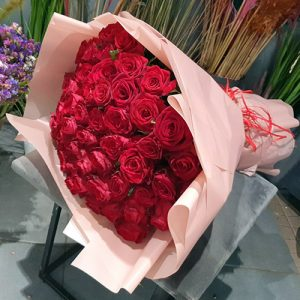 51 червона троянда в Ужгороді та Мукачево фото