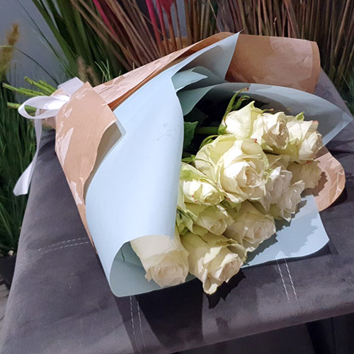 Фото товара 11 белых роз в Ужгороде