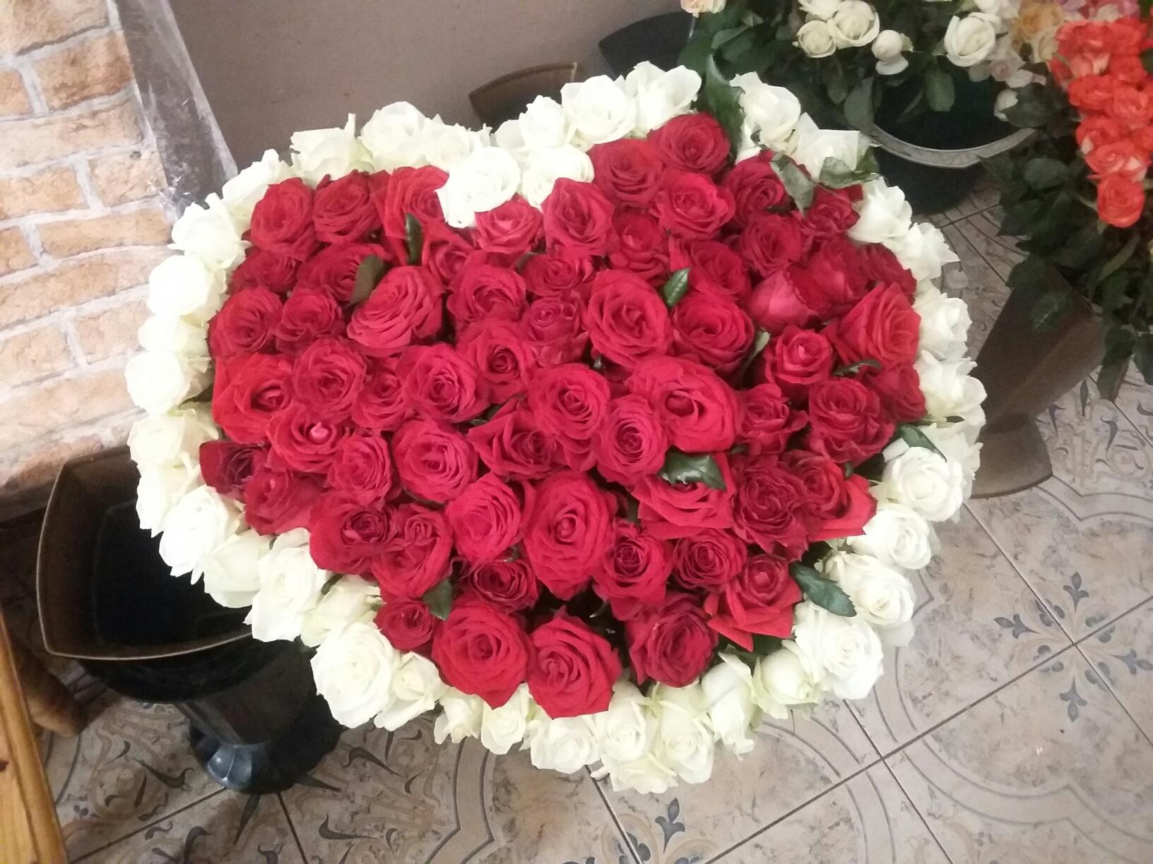 Фото товара 101 роза сердце в Ужгороде