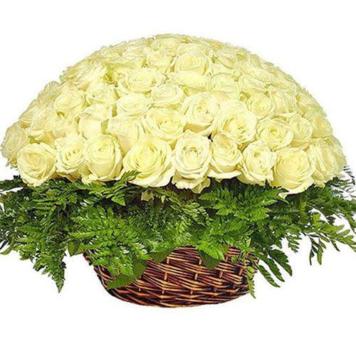 Корзина 101 белая роза букет