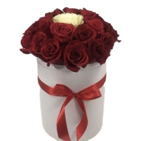 """Коробочка 21 роза """"Неповторимая"""" фото"""