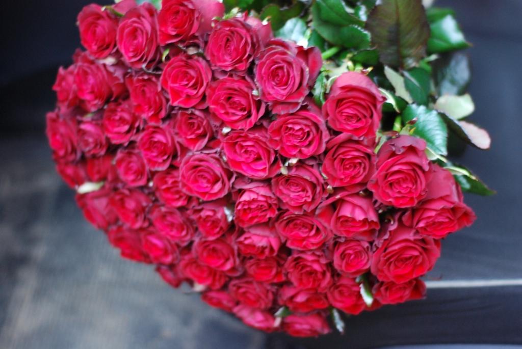 Фото товара 51 роза красная в Ужгороде