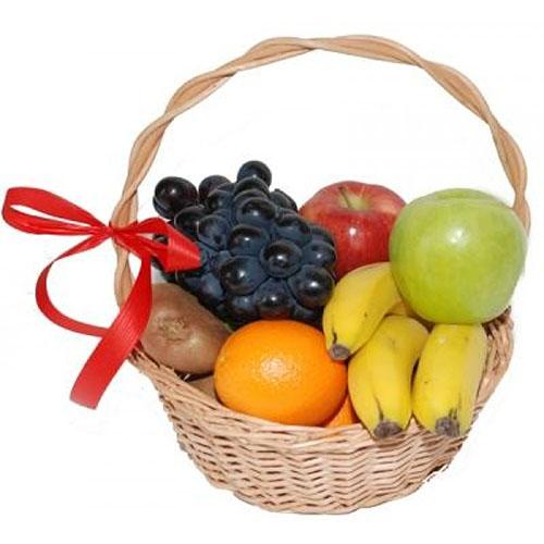Малий кошик фруктів з доставкою