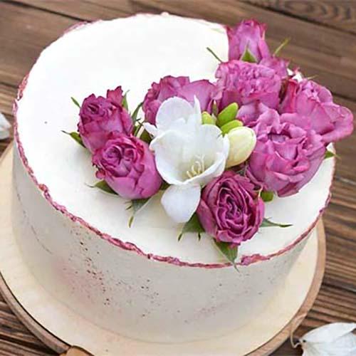 торт с живыми цветами фото