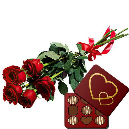 товар 5 червоних троянд із цукерками