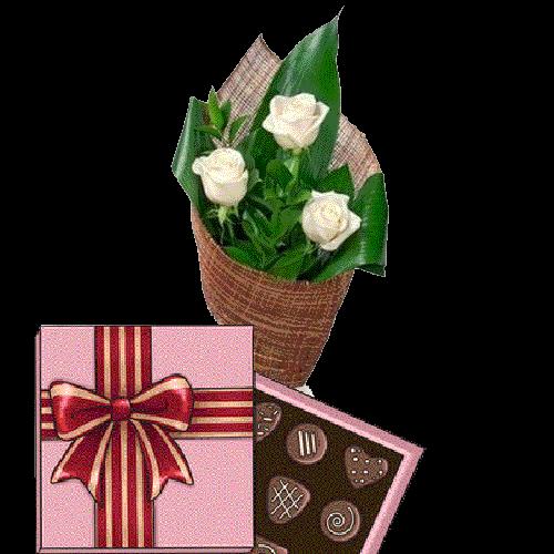 Фото товара 3 белые розы с конфетами в Ужгороде