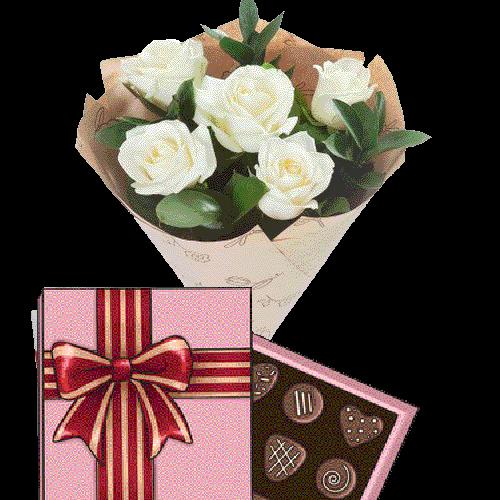 Фото товара 5 белых роз с конфетами в Ужгороде