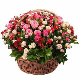Фото товару 101 кущова троянда у кошику