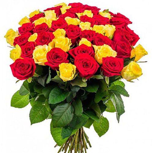 Фото товара 51 троянда: червона і жовта в Ужгороде