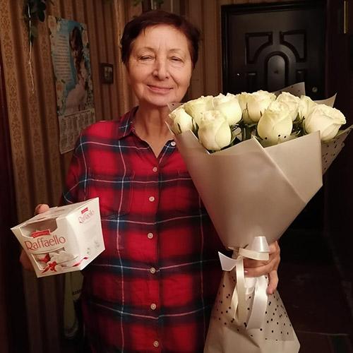 Фото товара Букет Снежная роза и Raffaello
