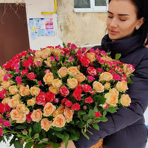 Фото товара 101 кустовая роза
