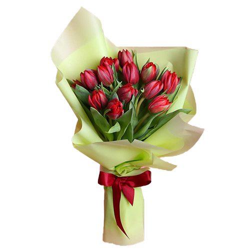 Фото товара 15 червоних тюльпанів у зеленій упаковці в Ужгороде