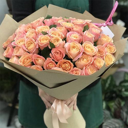 """Фото товара 51 троянда """"Міс Піггі"""" в Ужгороде"""
