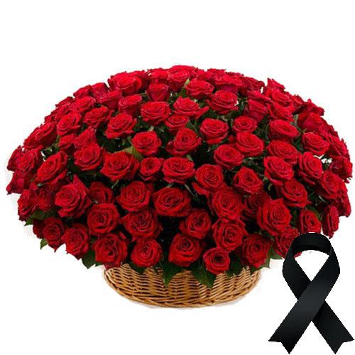 Фото товара 100 червоних троянд у кошику в Ужгороде