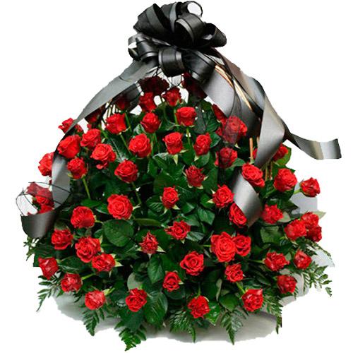 """Фото товара 100 алых роз """"Пламя"""" в корзине в Ужгороде"""