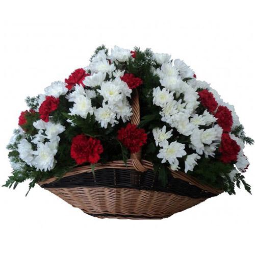 """Фото товара Хризантемы и гвоздики """"Дань памяти"""" в Ужгороде"""