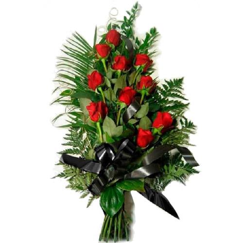 Фото товара 10 червоних троянд в Ужгороде
